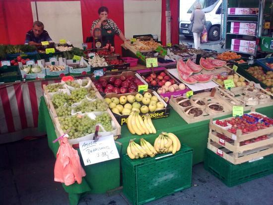 Halle Markets