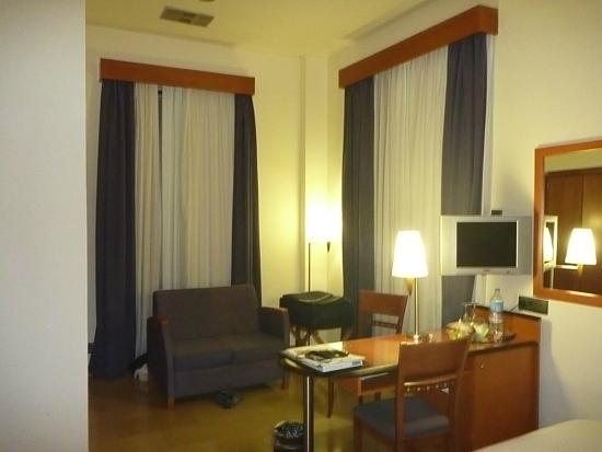 H10 Raco del Pi: Room 106  Other side