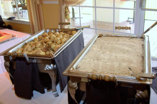 Brooksville Country Club: Part of our buffet line