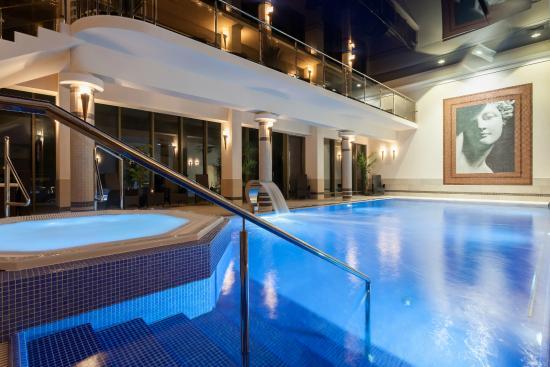 Lambert Hotel & Medical Spa: Swimmingpool