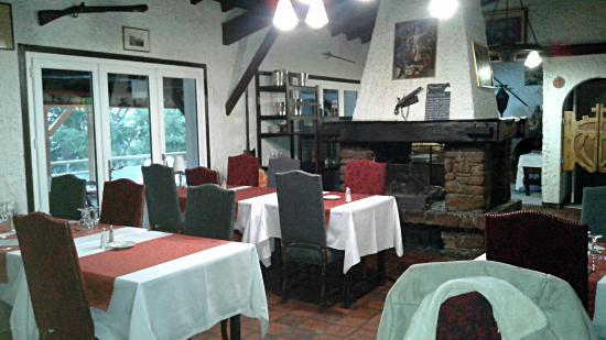 Hotel Restaurant La Chaumière : Salle à Manger