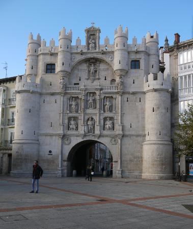 Torreón - Picture of Arcos de Santa Maria, Burgos - TripAdvisor