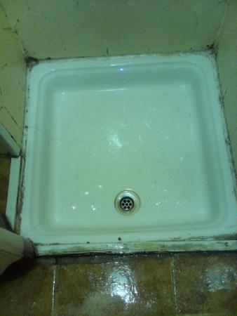 Alda Centro Salamanca: otra foto ducha habitación