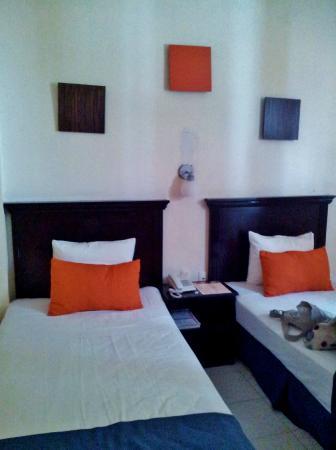 Hotel San Miguel: Habitación