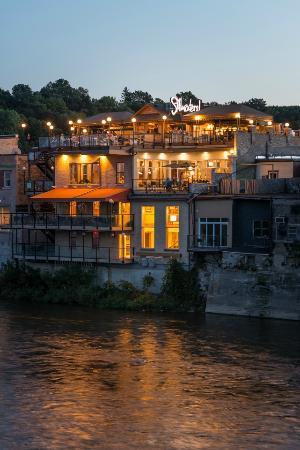 Stillwaters Restaurant In Paris