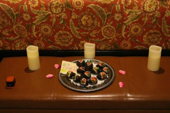 Stone Hill Inn: Delicious chocolate strawberries