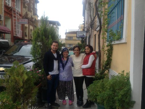 Tulip Guesthouse : Tulip Guest House Owner Esin