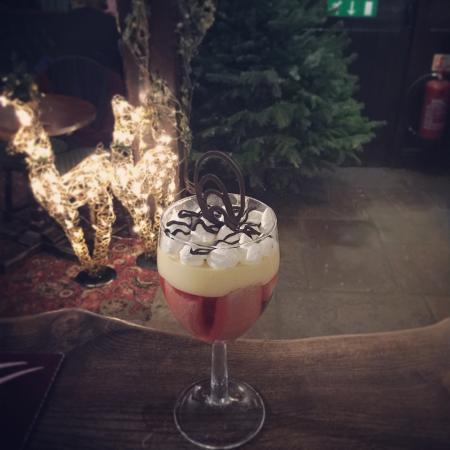 The Rose & Crown Inn: Trifle