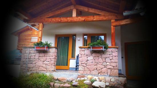 Castelir Suite Hotel: Esterno camera