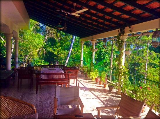 Coorg Berry Lane: Berry Lane's terrace seating area..