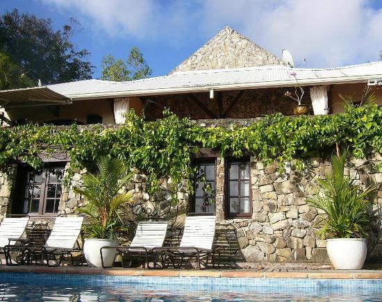 Villa Rainbow: Charming stone villa