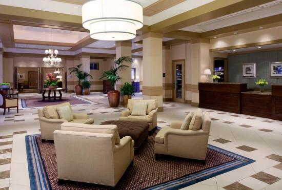 Sheraton Suites Plantation, Ft Lauderdale West: Nice reception area