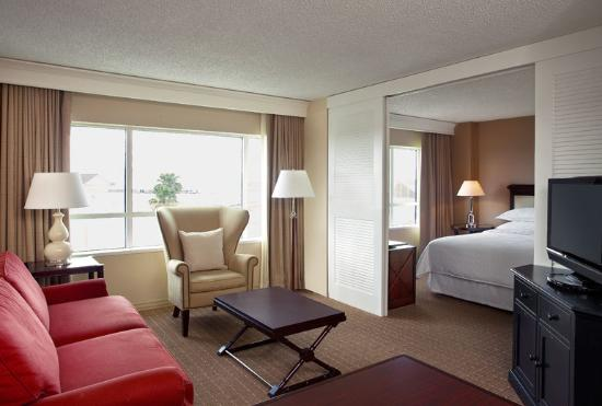 Sheraton Suites Fort Lauderdale Plantation: Suites - Spacious