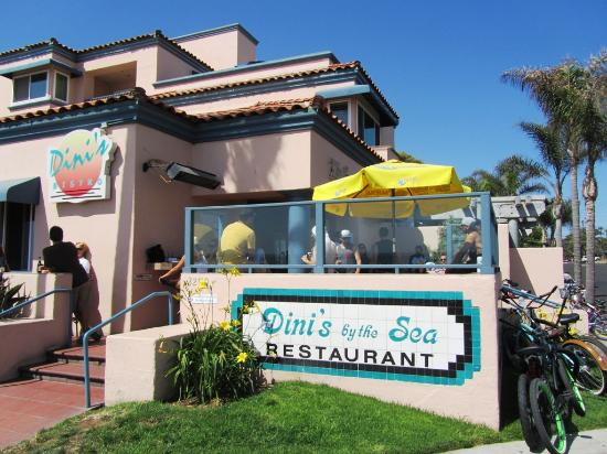 Dini's By The Sea: Front and Patio.  Good For Sunset
