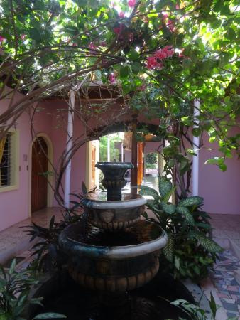 Hotel Kekoldi Granada: inner courtyard