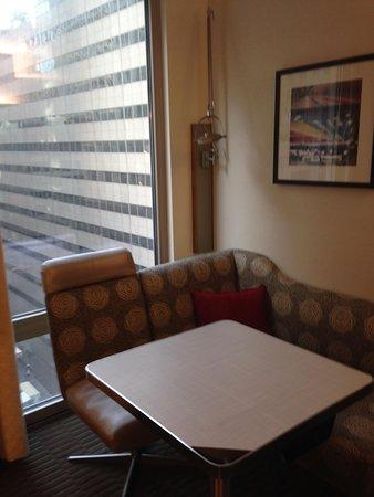 Club Quarters Hotel, Midtown: Breakfast area