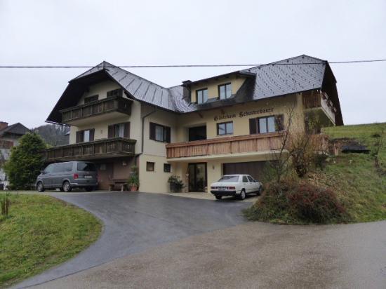 Gasthaus-Gaestehaus Schusterbauer : Gasthaus - Chambres, maison secondaire