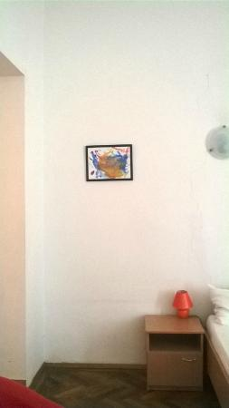Suite Hotel 200m zum Prater: Main Bedroom - Wall and Picture