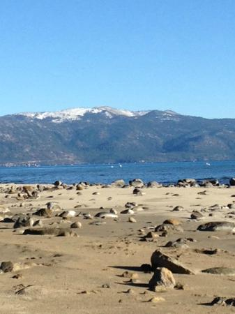 Franciscan Lakeside Lodge: Lovely Lake Tahoe & Beach