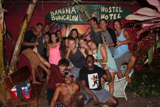 Banana Bungalow Maui Hostel: One of dozens of great nights at the Banana Bungalow Maui