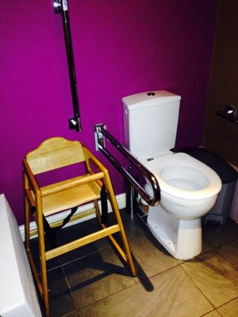 Lakes Bar & Bistro : Where they keep their highchairs!!