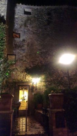 Torre Sangiovanni Albergo e Ristorante : ingresso
