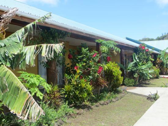Cabanas Rapa Nui Orito : habitaciones y jardines