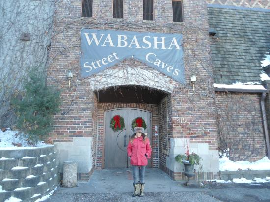 Wabasha Street Caves: In front of the entrance