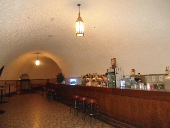 Wabasha Street Caves The Bar Area