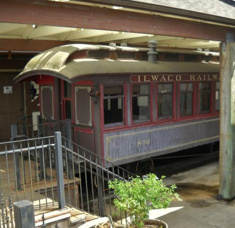 Columbia Pacific Heritage Museum: the NAHCOTTA train car, used on the 'Clamshell Railroad'