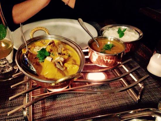 Okra: Shahi Chicken Korm �� gnam gnam