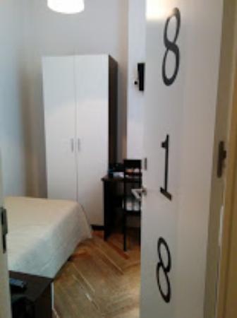 Hostal Besaya: Room 818