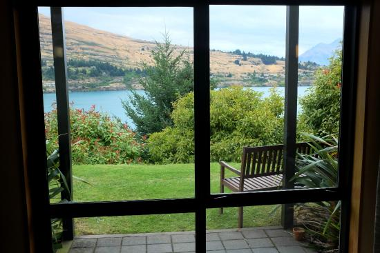 Holiday Inn Queenstown Frankton Road: Quarto Standard com vista do lago