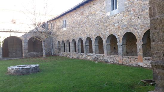 Hospederia Santa Fe : Claustro del siglo XVII