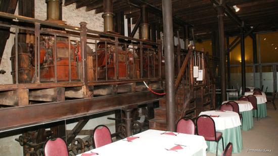 Hospederia Conventual de Alcantara: Quedan en forma de museo, la antigua harinera