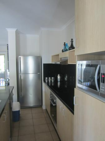 Marlin Cove Holiday Resort : Kitchen area