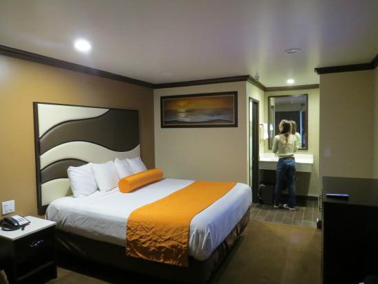 Redondo Pier Inn : quarto