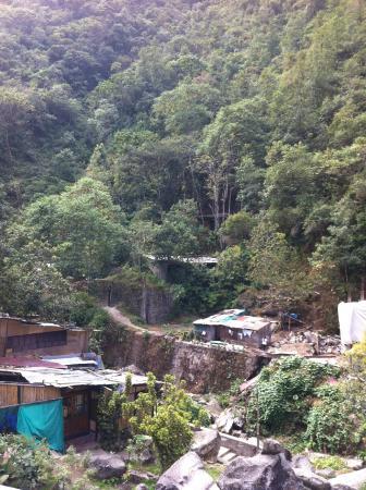 Inti Winaywayna : Vista dos fundos do hotel.