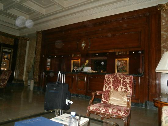 Hotel Westminster: Hotel Lobby