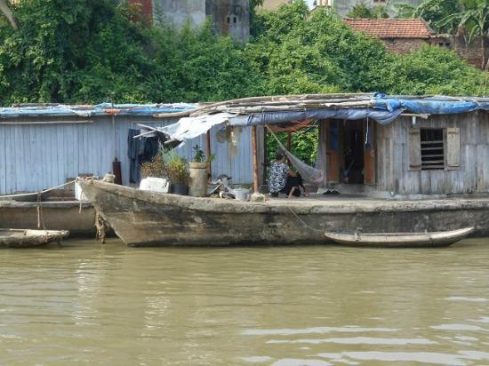 Asia Top Travel: Boats along Tho Ha Village, Vietnam