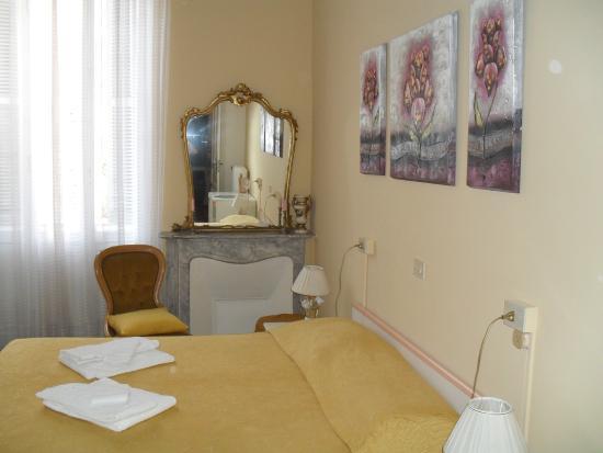 Camera matrimoniale - doppia con letti singoli - Foto di Albergo ...