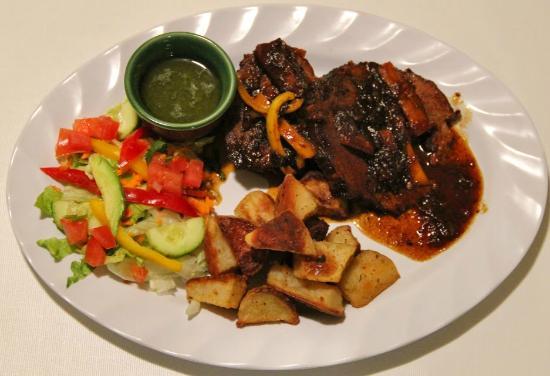 Casa Blanca Latinamerican Foods Restaurant: asado negro