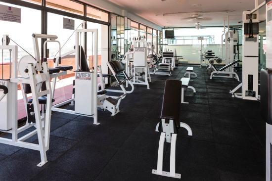 Camino real aeropuerto 92 1 0 8 updated 2018 for Gimnasio 360 puerto real