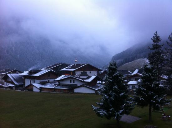 Hotel Almhof Danler: Prima neve da terrazzo camera