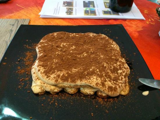 Swiss Italian Restaurant Cebu: Freshly made Tiramisu