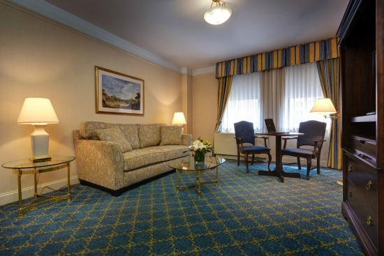 Wellington Hotel One Bedroom Suite Living Room
