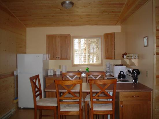 Belair, Canada: 2 Bedroom Kitchen