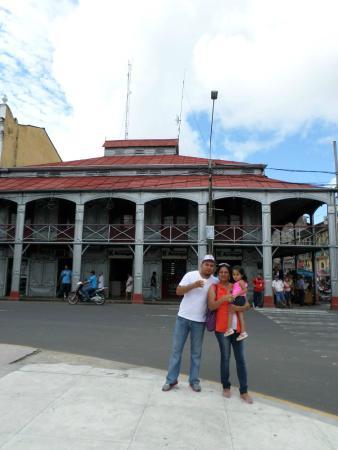 Uno de los atractivos en la Plaza de Armas de Iquitos