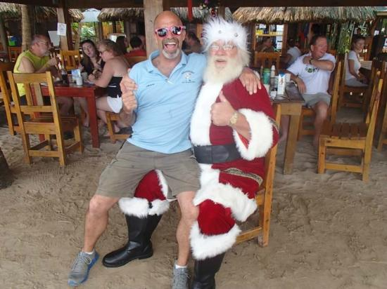 Vintage Pearl Restaurant and Wine Cellar: Jeff & Santa