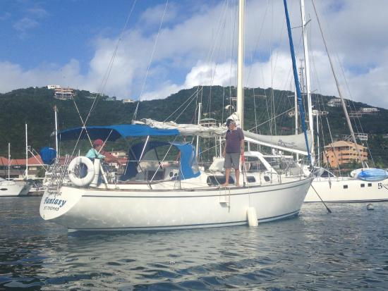 Daysail Fantasy: Getting ready to board